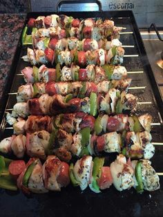 Imagen relacionada Sprouts, Zucchini, Vegetables, Queso, David, Food, Ideas, Chicken Skewers, Cook