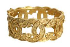 Authentic Chanel Gold CC Bracelet #distinctivedeals