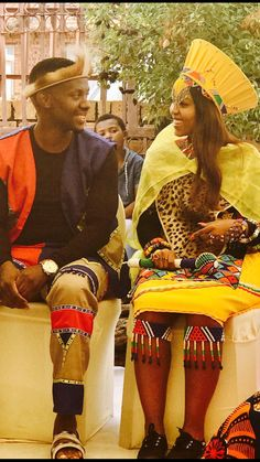 4 Factors to Consider when Shopping for African Fashion – Designer Fashion Tips Zulu Traditional Attire, Zulu Traditional Wedding, Traditional Outfits, African Print Wedding Dress, African Wedding Attire, Zulu Wedding, Culture Clothing, African Fashion Designers, Cute Wedding Dress
