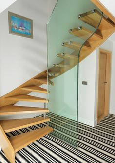 How to choose and buy a new and modern staircase – My Life Spot Modern Staircase, Staircase Design, Staircase Ideas, Tv Wall Design, House Design, Room Partition Designs, Glass Stairs, Staircase Makeover, Loft Stairs