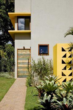 Cobogó House by Ney Lima (5)