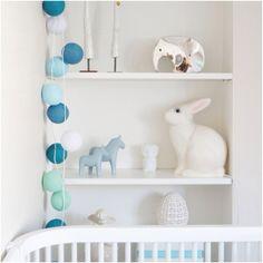 Leklyckan | http://www.jollyroom.se/produkter/leklyckan-bordslampa-kanin-vit | #jollyroom