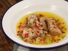 Ton+cu+vinegreta+basca Thai Red Curry, Appetizers, Ethnic Recipes, Food, Appetizer, Eten, Entrees, Meals, Snacks