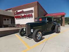 1929 Ford Roadster   880569