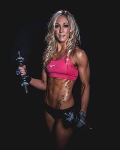 Para ganar músculo y aumentar de volumen no hay que levantar pesas pesadas. Sino…