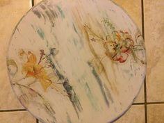 Tornamesa de MDF pintado y decoupage con CORFIX.