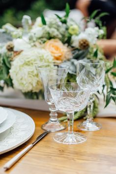 Photography : Sarah Deragon    Catering : The Lunch Box  Read More on SMP: http://www.stylemepretty.com/living/2015/09/02/intimate-birthday-soiree/