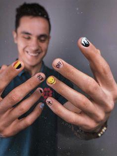#ногти #короткиеногти #дизайнногтей #мужчина #мужскойманикюр #маникюр Edgy Nails, Stylish Nails, Swag Nails, Nail Design Stiletto, Nail Design Glitter, Hippie Nails, Mens Nails, Fire Nails, Minimalist Nails