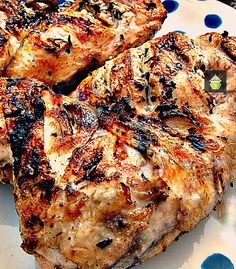 Garlic, Lemon  Tarragon Grilled Chicken. Looking for a good marinade for grilling chicken? Please take a look here.  I also give you good tips of how to get your chicken staying moist and how to prepare it good for the grill!