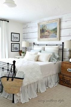 Vintage French Soul ~ Savvy Southern Style: The Softer Shades of Summer Guest Bedroom French Country Bedrooms, French Country House, French Country Decorating, Bedroom Country, French Cottage, Country Bedding, Home Bedroom, Bedroom Decor, Master Bedroom