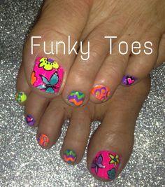 Oh I need these before Jackson arrives! Toenail Art Designs, Fingernail Designs, Pedicure Designs, Pedicure Nail Art, Toe Nail Art, Manicure And Pedicure, Toe Designs, Mehndi Designs, Love Nails