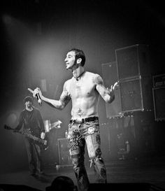 See what Mian (forevermor) found on We Heart It, your everyday app to get lost in what you love. Sully Erna, Spiritual Music, Hottest Guy Ever, Dave Matthews, Fantasy, Metalhead, Celebs, Celebrities, To My Future Husband