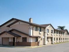 Tappahannock (VA) Super 8 Motel  Tappahannock United States, North America Super 8 Motel  Tappahannock is perfectly located for both business and leisure guests in Tappahannock (VA). The hotel has everything you need for a comfortable stay. Service-minded staff will welcome and guide you at the Super 8 Motel  Tappahannock. Each guestroom is elegantly furnished and equipped with handy amenities. The hotel offers various recreational opportunities. Convenience and comfort makes ...