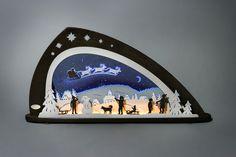 Schwibbogen LED Santa Claus #Santa #SantaClaus #Weihnachtsmann #Weihnachten #Erzgebirge #Vokskunst #Schwibbogen #Lightarche Die Weihnachtszeit bringt Kinderaugen zum Leuchten. Zu strahlen fangen sie aber erst an, wenn der Weihnachtsmann an Heiligabend die Geschenke vorbei bringt. Kaum jemand übt solch eine große Faszination auf den Nachwuchs aus, wie der...