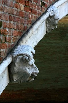 Particolare ponte, Venice, Italy