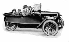 Family Model (1930)  Built from 1915-1937.  Announced in 1917 the Family model in 4-seater version was said to carry 2 adults and 3 children. The model was redesigned several times and it was also available as a 2-seater model (Sports Family) with a luggage locker.