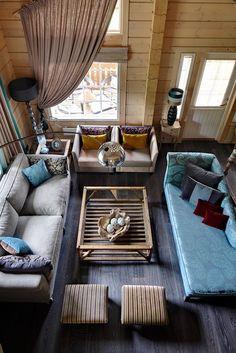 Как оформить интерьер в деревянном доме: дача в Подмосковье
