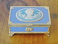 Vintage Musical Trinket Box, Cameo Trinket Box, Metal Edging, Trinket Boxes, Jewelry Box, Musicals, Decorative Boxes, Vintage, Jewelry Storage, Jewellery Box, Decorative Storage Boxes