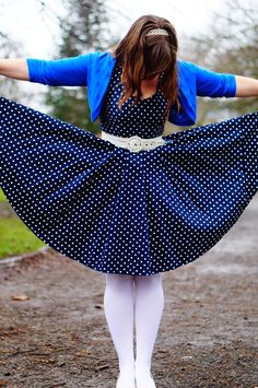 Navy and white polka dot dress, a la Blair Waldorf! White Polka Dot Dress, Polka Dots, Blair Waldorf, Navy And White, Productivity, Bridesmaid Dresses, Things To Sell, Pearls, Outfits