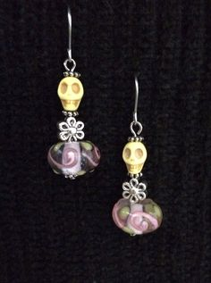 Perfect for Día de los Muertos! Little Calavera Earrings (skull) on Etsy, $15.00