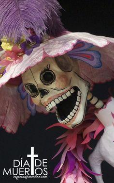 Day of the dead Mexico Day Of The Dead, Day Of The Dead Art, Makeup Crafts, Horror Masks, Mexico Art, Arte Popular, Mexican Folk Art, Halloween 2017, Book Of Life