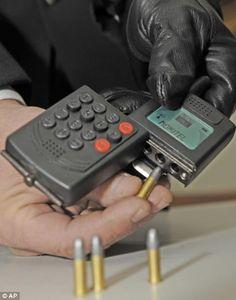 The Mafia gun disguised as a mobile phone