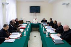 """Clarin.com HD -- Pope Francisco during a cabinet meeting with cardinals group called """"G8 Vatican"""" which faces the reform of the Curia. (AFP PHOTO / Osservatore Romano) - See more at: http://hd.clarin.com/post/68881379150/el-papa-francisco-durante-una-reunion-de-gabinete#sthash.lMvk3SHW.dpuf"""