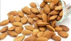 Amêndoas são fontes de gorduras boas  - Foto: Getty Images