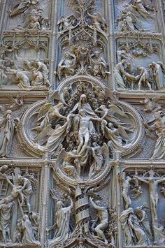 cvllam:  Detail of the Pieta on the Milan Cathedral in Italy.
