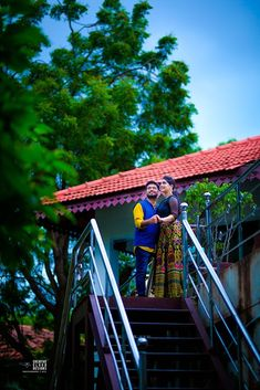 """Photo from album """"Wedding photography"""" posted by photographer Creative cloud designs Indian Wedding Photography Poses, Couple Photography Poses, Pre Wedding Poses, Pre Wedding Photoshoot, Romantic Couple Images, Village Photography, Indian Photoshoot, Beautiful Photos Of Nature, 365 Photo"""