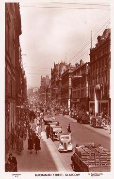 Much changed now! Glasgow Scotland, Edinburgh, Buchanan Castle, Clan Buchanan, Old Pictures, Old Photos, Buchanan Street, Island Of Skye, Glasgow City