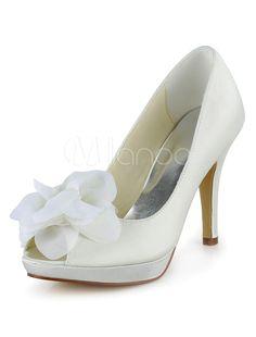 White Antique Design Peep Toe Silk And Satin Bridal Pumps