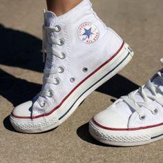 #Chucks #Converse #Allblackeverything http://purisd.de/produkt/weisse-chucks