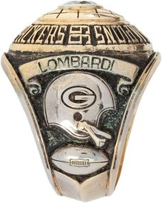 The Wearing Of the Green (and Gold): One Ring to Rule Them All - 1966 (Super Bowl I) Bears Packers, Go Packers, Packers Football, Football Pics, School Football, Sport Football, Sports Teams, Football Season, Football Helmets