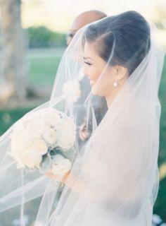 Bride in Classic Veil | photography by http://thegreatromancephoto.com/