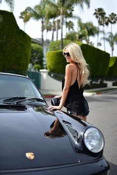 Stunning women and seductive cars have always made for exquisite photo shoots, but this one is a bit different. Check out the Porsche. models shoot Cars and Women Really Do Go Together! Porsche Autos, Porsche Sports Car, Porsche 930, Porsche Models, Porsche Cars, Black Porsche, Porsche Classic, Ford Models, Lamborghini
