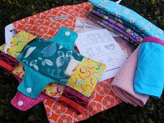 Making feminine hygiene kits for girls around the world so they don't miss school. Complete instructions & info on this site. Pictured: What's in a Days for Girls kit? This is great for mission work. Christmas Child Shoebox Ideas, Operation Christmas Child Shoebox, Kids Christmas, Christmas Boxes, Christmas Service, Sewing Tutorials, Sewing Crafts, Sewing Projects, Sewing Patterns
