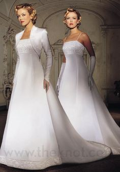 Wedding+dresses+with+sleeves+(17).jpeg (550×788)