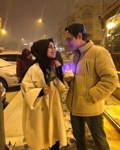 Cute Muslim Couples, Cute Anime Couples, Romantic Couples, Couple Drawings Tumblr, Couple Ulzzang, Goals Tumblr, Tumblr Couples, Wedding Couple Poses Photography, Photo Couple