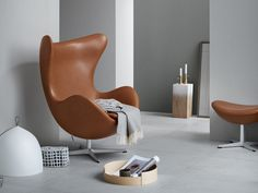 Egg Chair is both comfortable and chic at the same time. This statement piece is the perfect addition to any living space. Get your replica of this luxury piece at FurnishPlus.ca