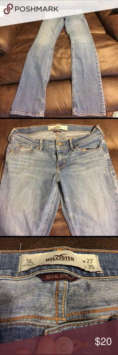 Hollister SoCal Stretch Bootcut Jeans Cute Hollister SoCal Stretch Bootcut Jeans! They do have a lil wear at the bottoms, but no fraying. They are still in excellent condition! Inseam is 35in. Hollister Jeans Boot Cut