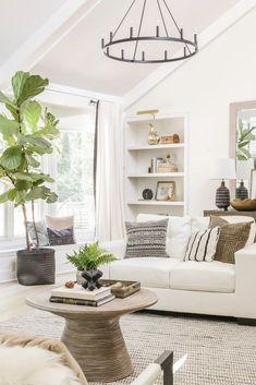ORGANIC MODERN LIVING ROOM REVEAL Living Room Furniture Arrangement, Living Room Decor, 1980s Living Room, Home And Living, Modern Living, Modern Farmhouse Decor, Farmhouse Style, Black And White Pillows, Organic Modern