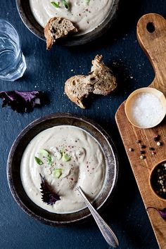 Roasted Cauliflower, Leek and Garlic Soup: Serves 6-8 as an appetizer, 4 as an main dish Ingredients: 1 small head of cauliflower 1 whole head garlic 2 leeks 2 tablespoons olive oil 1/2 teaspoon kosher salt 1/4 teaspoon freshly ground pepper 1/2 to 1 cup water, or veggie or chicken stock