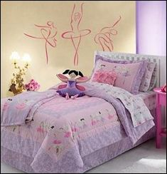 Bedding coordinates that will have your little one leaping with joy. The ballerina and floral graphics are right on pointe when it comes to cute style. Give your tiny dancer decor she'll love with this adorable ballerina bedding.