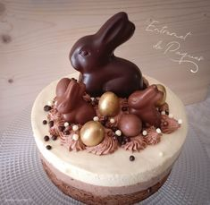 Beautiful Birthday Cakes, Beautiful Cakes, Easter Recipes, Creative Cakes, Yummy Treats, Bakery, Sweets, Chocolate, Ethnic Recipes