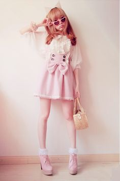 Anyone know where I can get the skirt and shoes? So adorable! via My Darling Rainbow http://mydarlingrainbow.tumblr.com