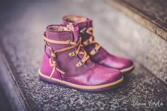 Madame Coquette Sewing Hacks, Sewing Tips, Dr. Martens, Bordeaux, Combat Boots, Wedges, Lol, Sneakers, Shoes