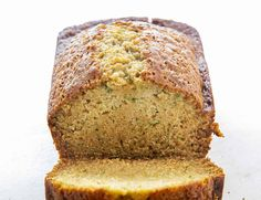 The Best Zucchini Bread is a quick bread that will be quickly eaten. The zucchini makes this bread perfectly moist and delicious! Best Zucchini Bread, Zucchini Bread Recipes, Recipe Zucchini, Zucchini Cookies, Zucchini Banana, I Am Baker, Chocolate Chip Banana Bread, Glass Baking Dish, Baking Flour