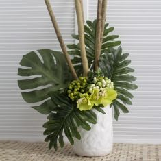 Sandra DIY artificial leaf project. This unique ceramic vase is handmade with a textured finish. Its 18cm width allows for large floral arrangements. Suitable for florist and events.