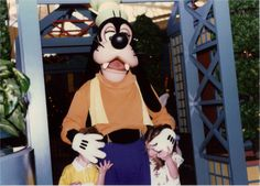Our families first trip in 1990. All of the pics are stills captured from video. Go Goofy or don't go at all.